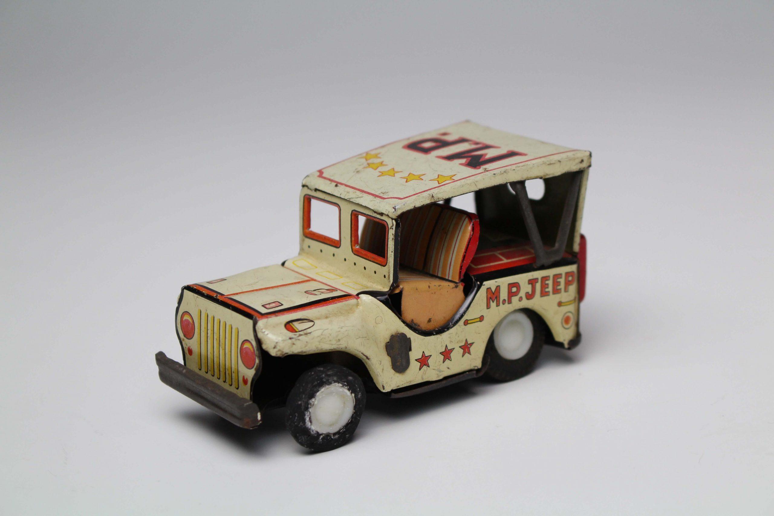 輸出された玩具