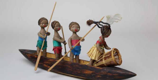 世界の民族玩具の写真