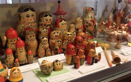 「世界の民族玩具」の画像